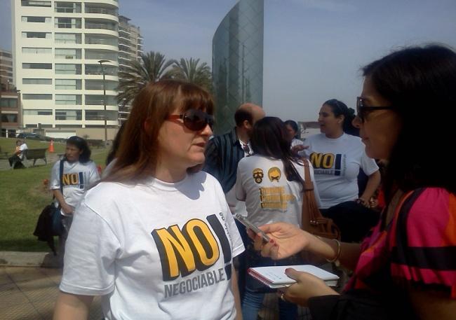 Miembros de RedLAM se entrevistaron con Medios de Comunicación de Perú para manifestar en contra de la adopción de medidas ADPIC Plus en el Tratado de Libre Comercio (TLC)  Transpacífico TPP,  en Mayo de 2013 en la ciudad de Lima-Perú.